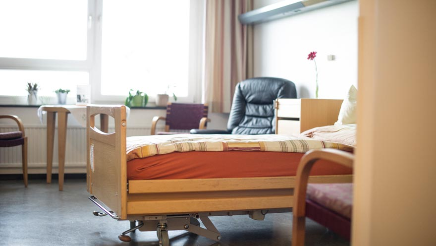 schwimmende kerzen archives tiroler hospiz gemeinschaft. Black Bedroom Furniture Sets. Home Design Ideas