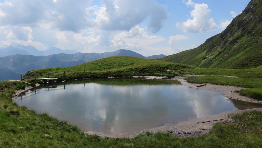 auftanken - Teich im Navistal